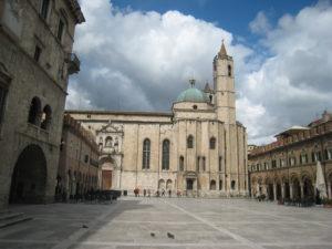 Piazza del Popolo, Ascoli Piceno, Marche, Italy